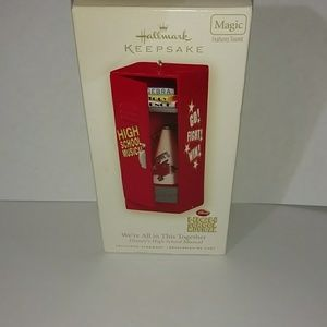Disney Hallmark musical Keepsake Ornament